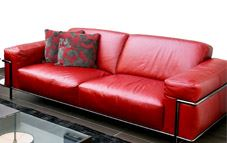 Disfruta de la limpieza de uno de tus lugares preferidos: el sofá