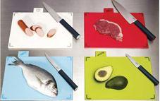 Limpia tus tablas de cortar alimentos de forma correcta
