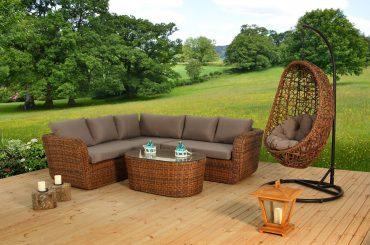 Muebles de mimbre para el jardín