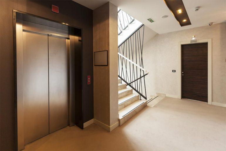 ascensores que ayudan a ahorrar