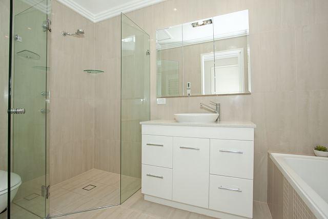 Bañera o plato de ducha ¿Cuál es la mejor opción?