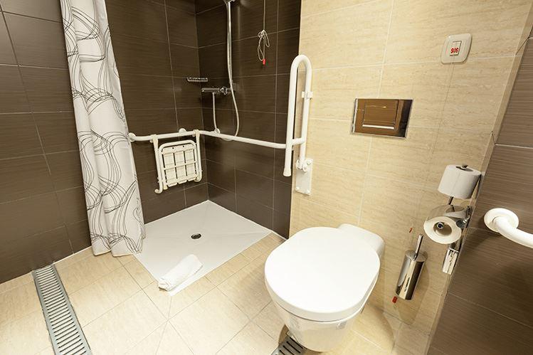 cambia la bañera por plato de ducha