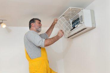 cambiar el filtro del aire acondicionado
